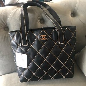 Chanel Tote / Black pattern